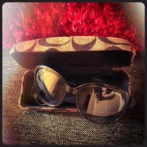 Coach Sunglasses with Original Hard Case and Cloth